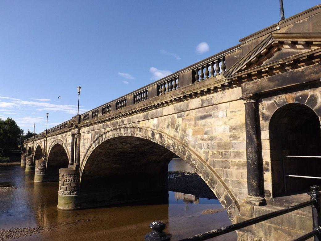 Maxine Armstrong Skerton_Bridge,_Lancaster,_England